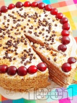 Вкусна сиропирана торта с какаови блатове, сирене маскарпоне, сметана, кондензирано мляко, ром и череши - снимка на рецептата